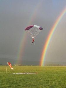 parachuting_julie_jun04_pg2